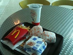 McDonalds im Airport Dubai